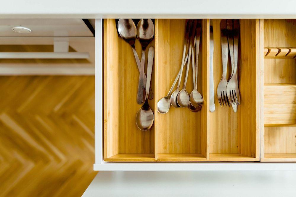 Il Decluttering Per Eliminare Il Vecchio E Rinnovare La Tua Cucina